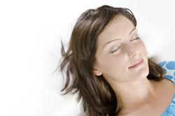 girl daydreaming image